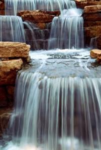 waterfall aquaponics