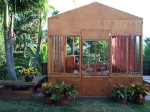 Small Portable Farms Aquaponics System